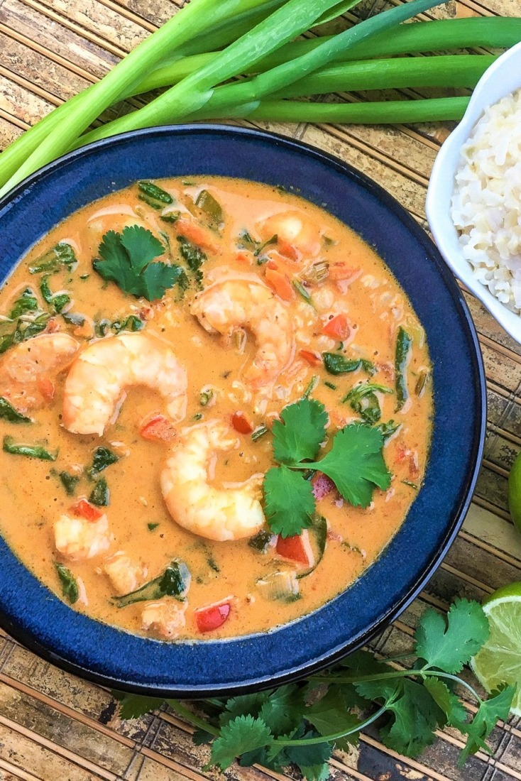 Loaded with shrimp, easy to find ingredients and complex Thai flavours, this incredible Thai Coconut Shrimp Soup is easy to make and ready in under 30 minutes!