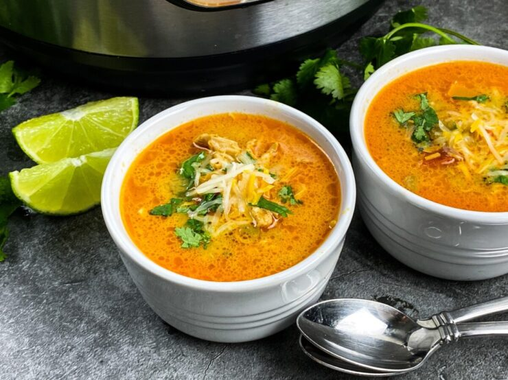 This low carb chicken enchilada soup is a comforting dinner recipe that can be made in the Instant Pot, slow cooker or on the stove top.
