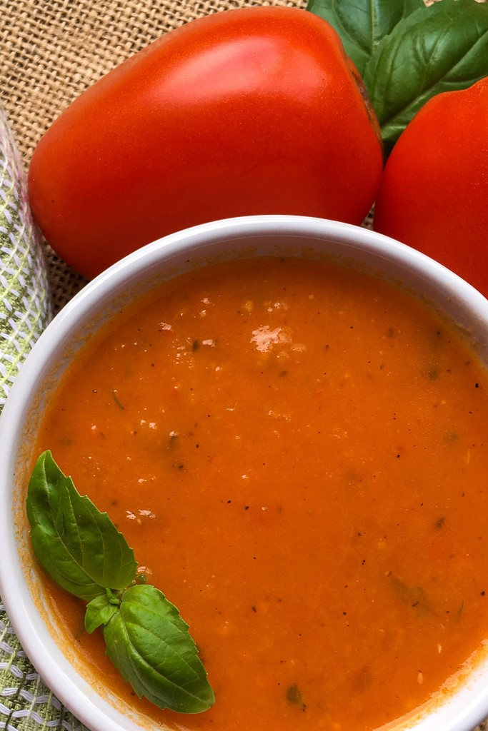 Vegan Roasted Tomato and Fennel Soup